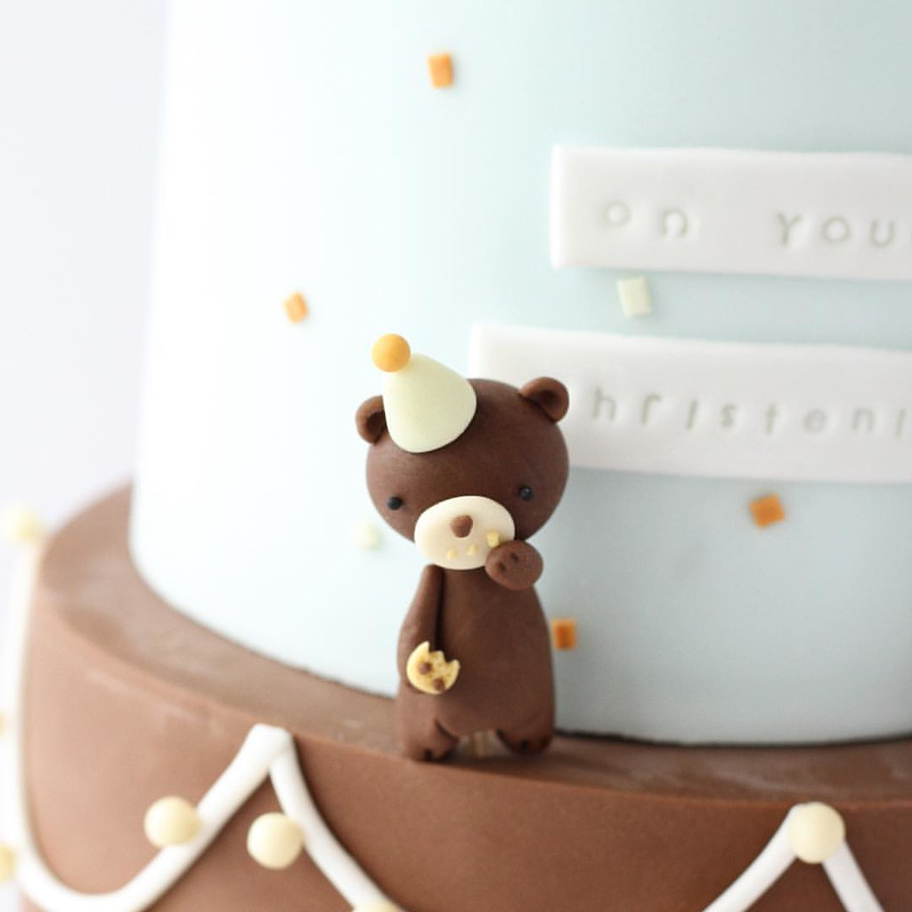 Nom Nom #cakedecorating #cakedesign #cakes #cakestagram #c… | Flickr