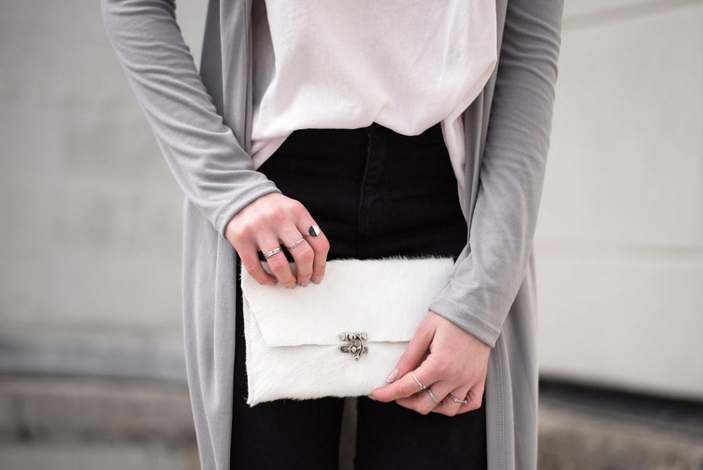Britnie Harlow bag shot by Colleen Donovan on juliettelaura.blogspot.com