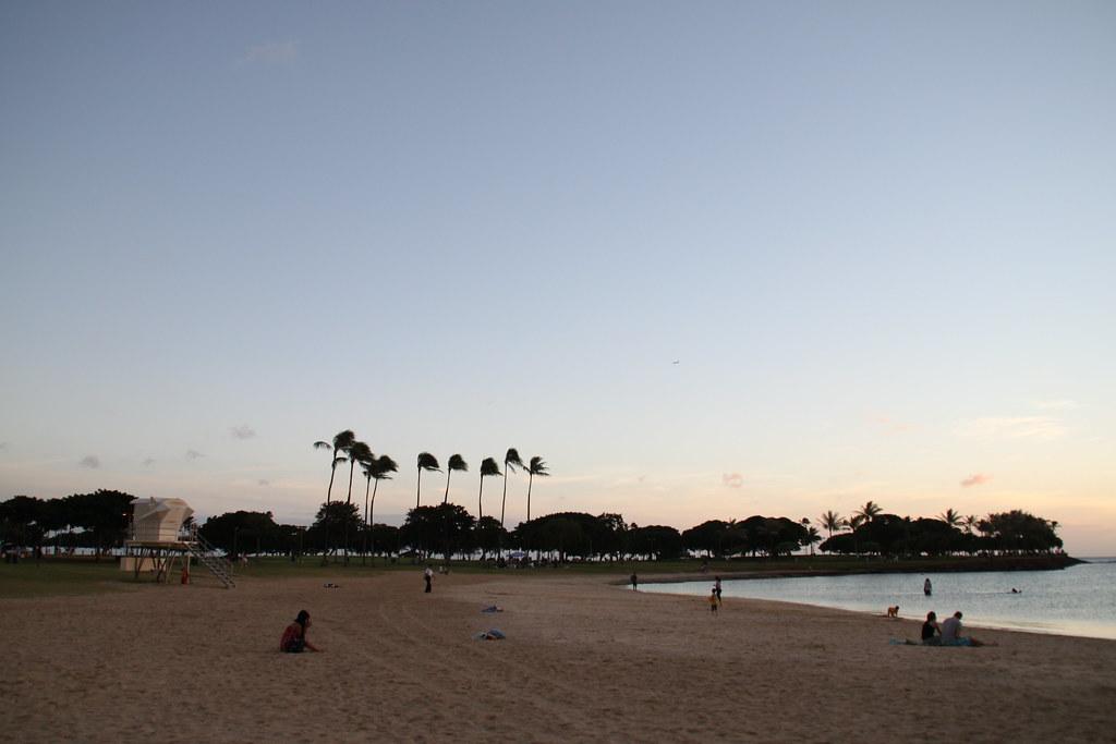 Ala Moana Beach Park Running Distance