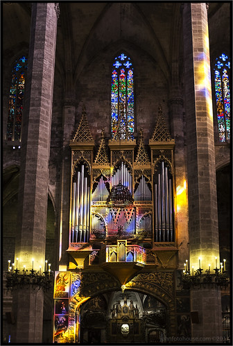 rainbow organ | palma | by John FotoHouse