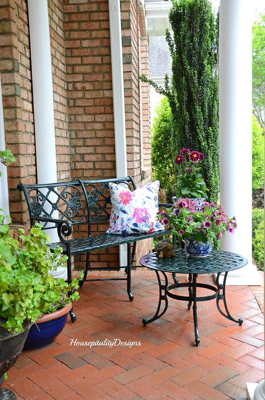 Spring Front Porch 2017- Housepitality Designs