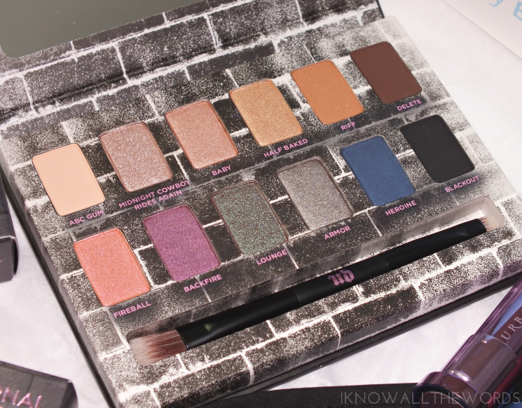 urban decay nocturnal shadow box (5)