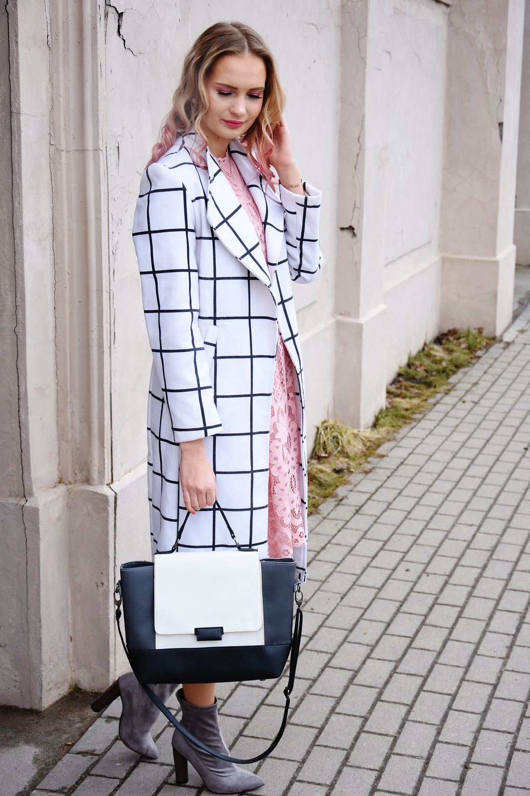 Spring outfit inspiration feminine and romantic