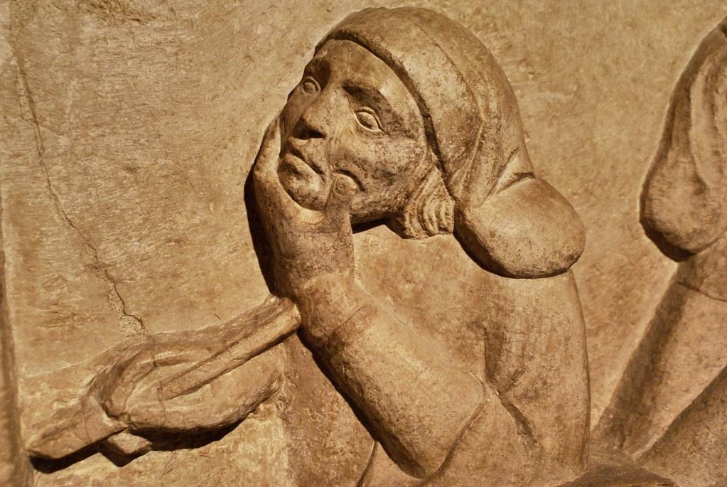 Détail d'une tombe d'un professeur d'université à Bologne.