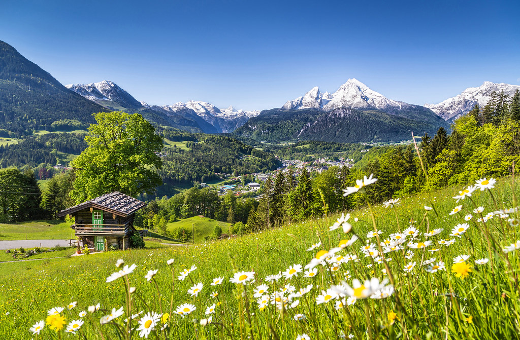 View to Watzmann dreamstime_xl_45053177