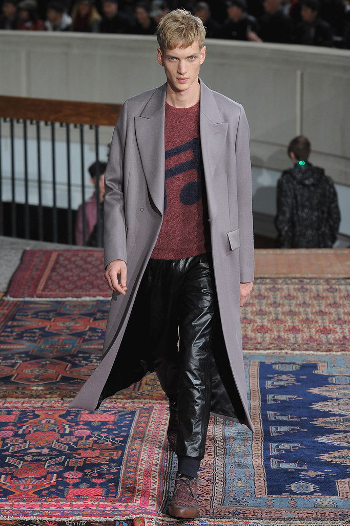 Paul Boche3565_FW14 Paris Paul Smith(VOGUE)