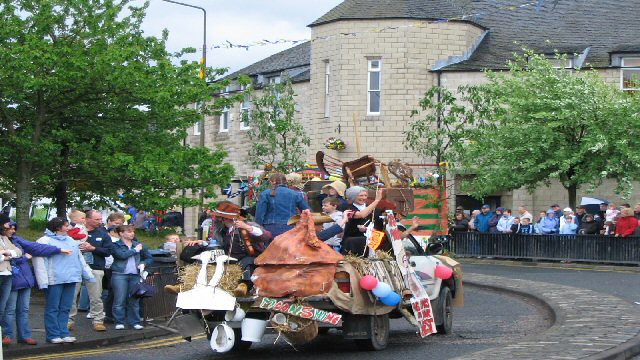 Penicuik on parade 32955559214_1a8f9b5a87_z