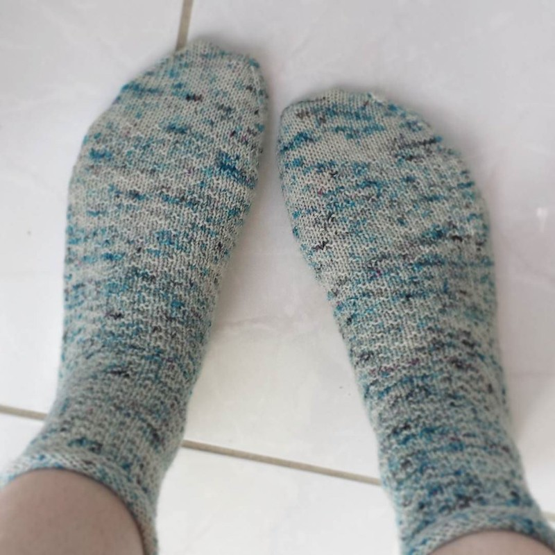 Friday ☁☁ #dailyknitsocks #sockstagram #sockknittersofinstagram #knitpicks #socktawk #knittersofinstagram