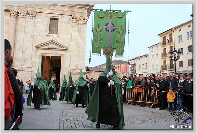 Procesión del Santo Entierro en la Semana Santa de Briviesca 2017 15