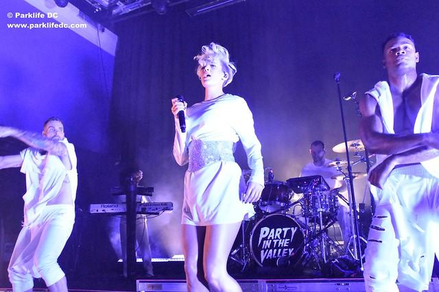 Betty Who 17