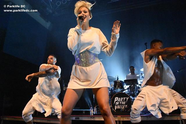 Betty Who 02