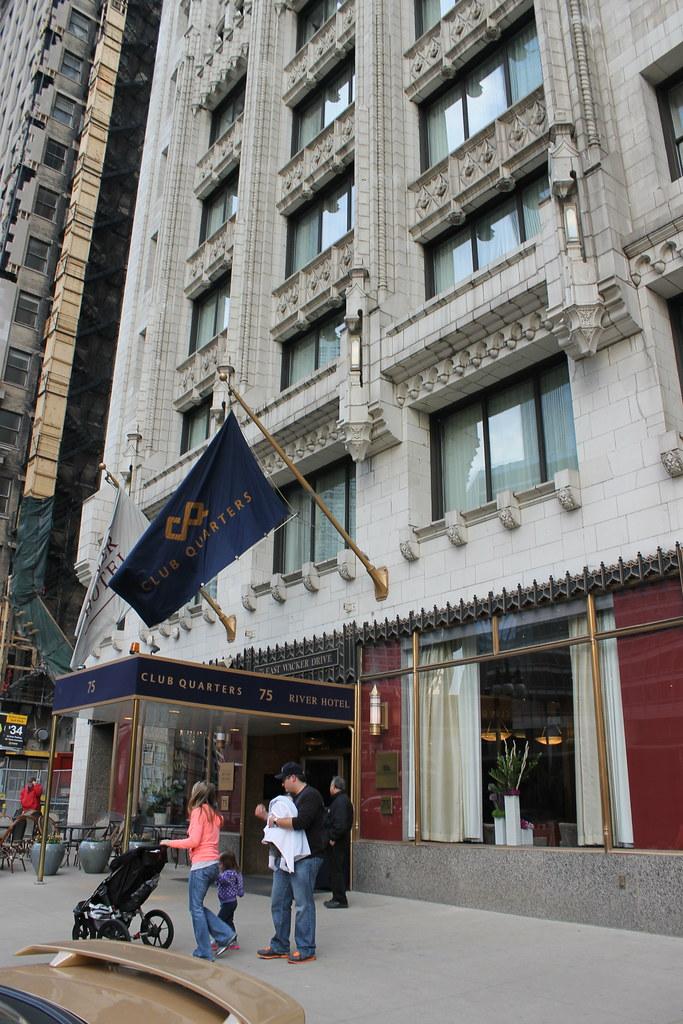 Club Quarters Hotel Chicago Wacker