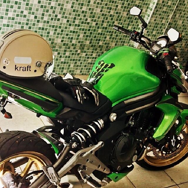 Kawasaki Ninja650 Honda Z800 Ducati Bigbike R1
