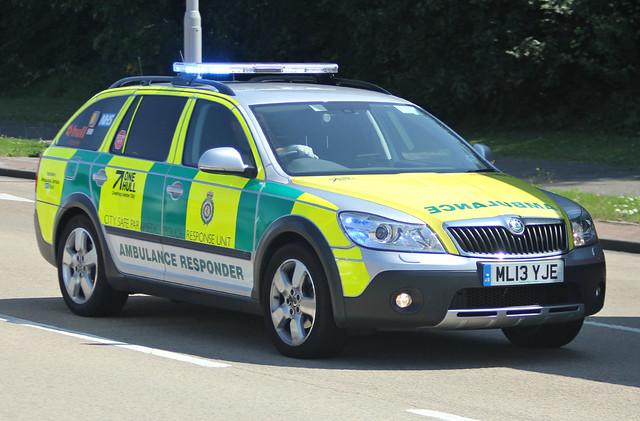 yorkshire ambulance service skoda octavia scout paramedic. Black Bedroom Furniture Sets. Home Design Ideas