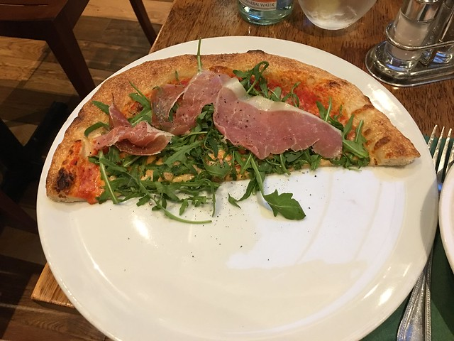 Edinburgh,  Frizzante half pizza