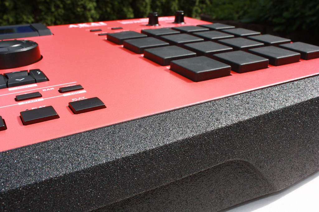 Red Custom Akai Mpc 2000xl Front Panel Black Pads Sahbatik Flickr