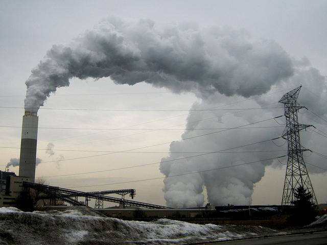 美國火力發電廠。圖片來源:ribarnica(CC BY-NC 2.0)
