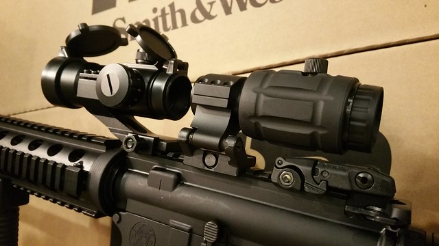 MP15 Red Dot and Vector Optics 3x Magnifier