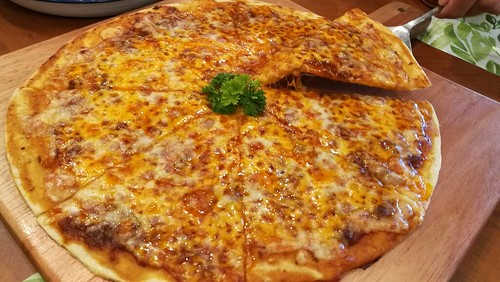 DavaoFoodTripS.com | Bolognese Pizza - Sundays Modern Home Cooking at Go Hotels Davao