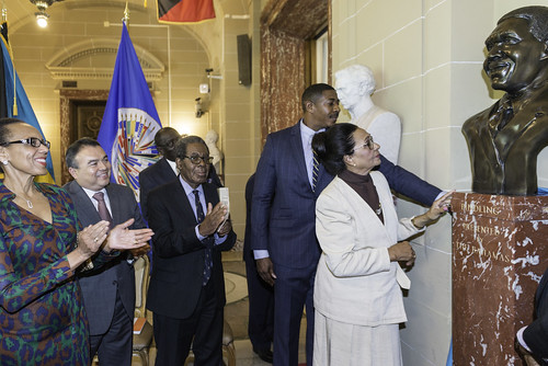 "The OAS Added Bust of former Prime Minister of The Bahamas Sir Lynden Pindling to its ""Hall of Heroes"""