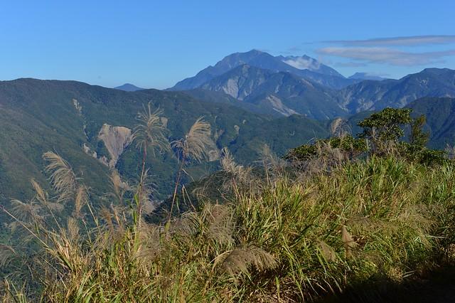 橫亙在眼前的大樹林山(大漢山),是移民者必須翻越的大障礙。(攝影:徐如林)