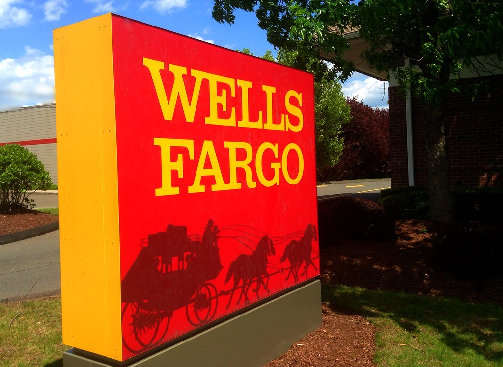 Image result for Wells Fargo best bank for students