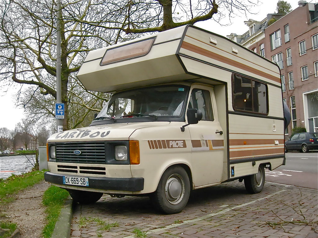 1983 ford transit mk2 pilote camping car attractive french flickr. Black Bedroom Furniture Sets. Home Design Ideas