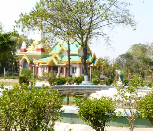 n-lumbini-est-Myanmar (5)