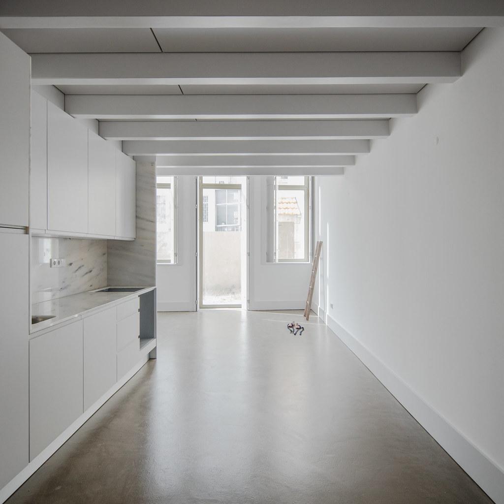 Duplex flat design in Porto by Portuguese architectural studio PF Arch Sundeno_08