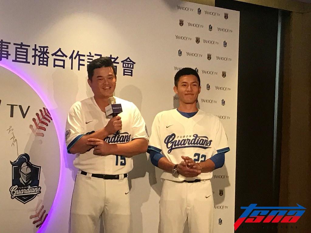胡金龍(左)、李宗賢。(李心筠/攝)