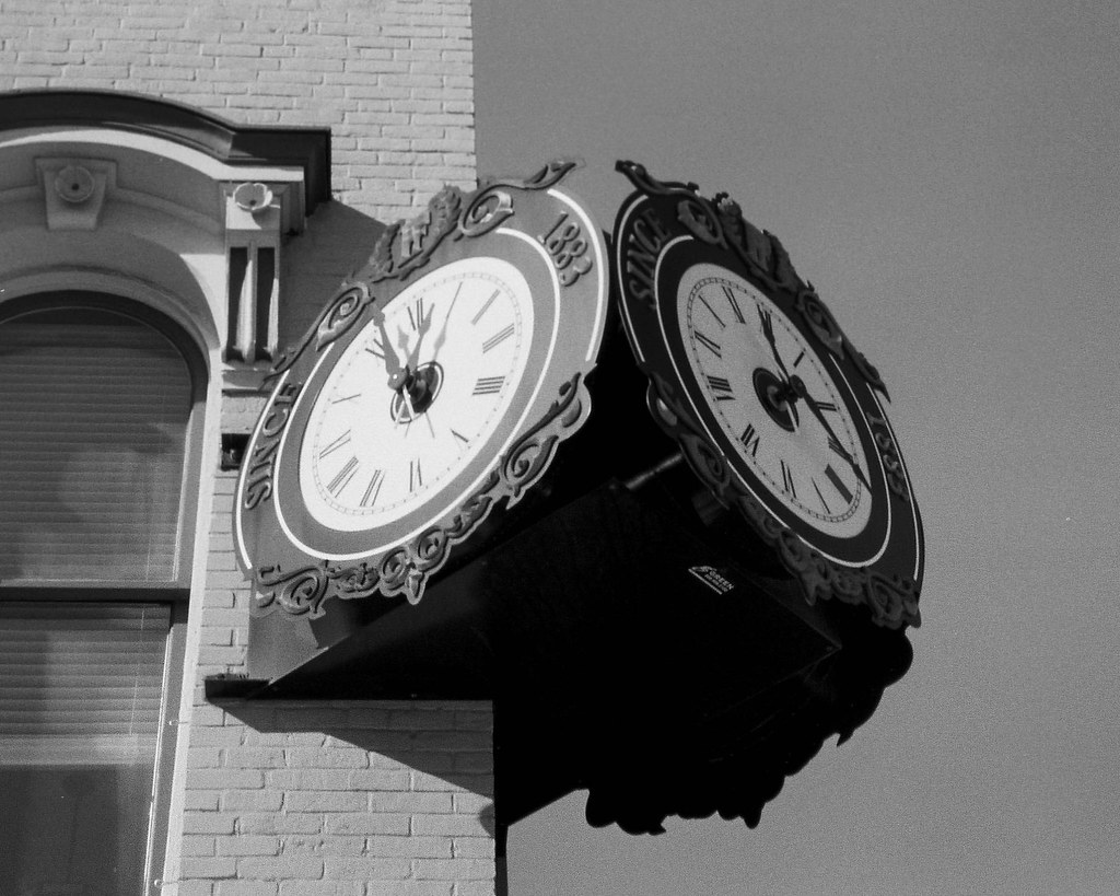 Shelbyville clock