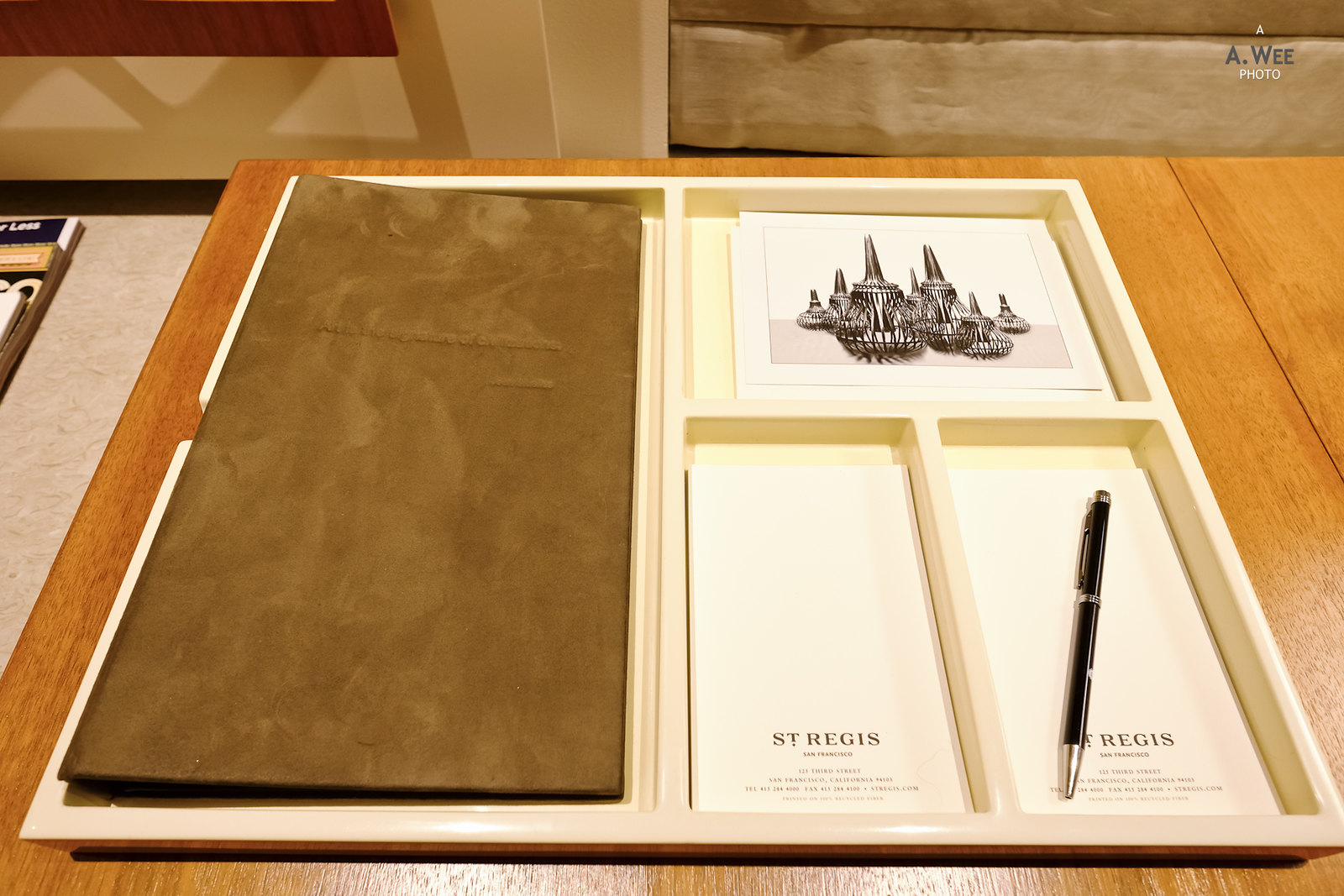 Stationery kit on the desk