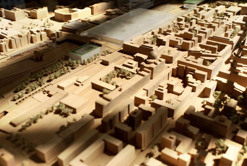 Maquette du projet urbain autour de la rénovation de la gare de Bologne.
