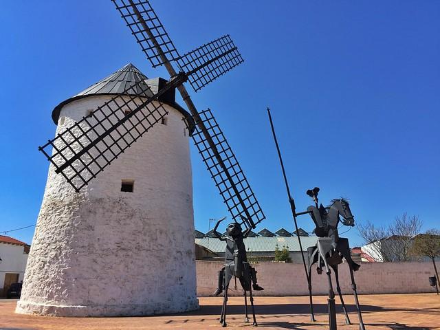 La molineta en Munera (Albacete) - Ruta de Don Quijote de La Mancha en coche
