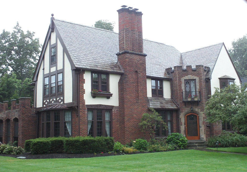 Shaker heights ohio cleveland historic tudor house eaton r for Building a home in ohio