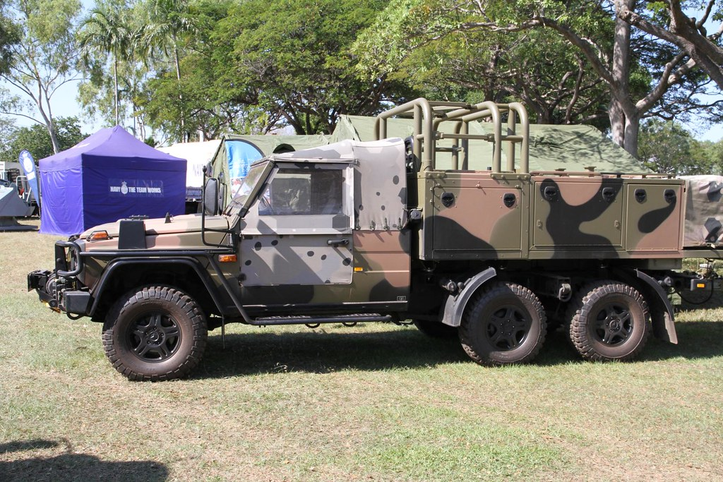Australian army norforce mercedes benz g wagon 6x6 patrol for Mercedes benz g wagon 6x6