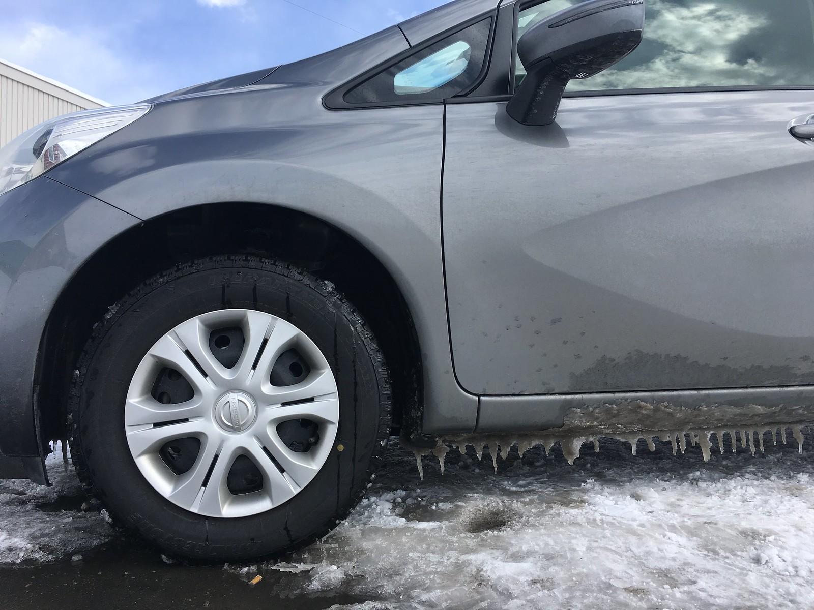 冬のレンタカー