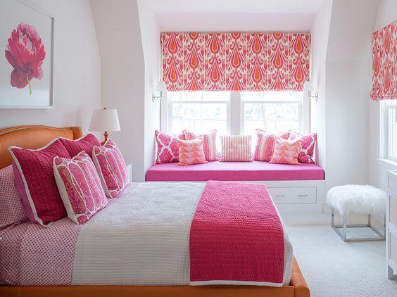 fuchsia pink room