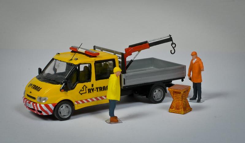Camiones, transportes especiales y grúas de Darthrraul 33284555430_7dd719fb18_c