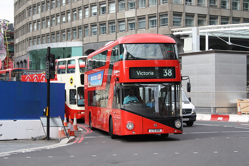 Arriva London North LT1 LTZ1001