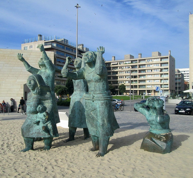 Matosinhos Monument
