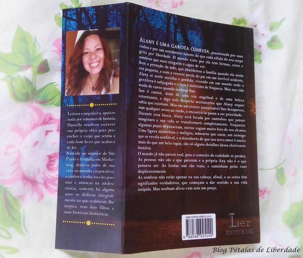 Resenha, livro, Sombras-do-mundo, Daniella-Rosa, ler-editorial, fotos, capa, opiniao, citação, trecho, critica, fantasia, sinopse, literatura-nacional