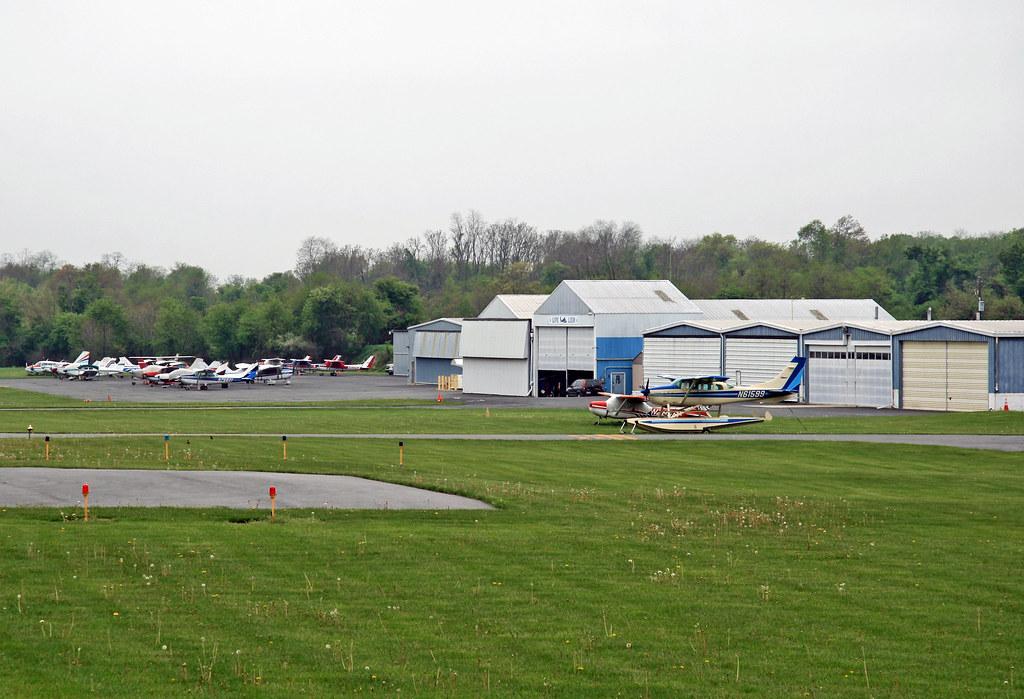 Carlisle, PA - Business Airport of Carlisle (N94) General Aviation ...