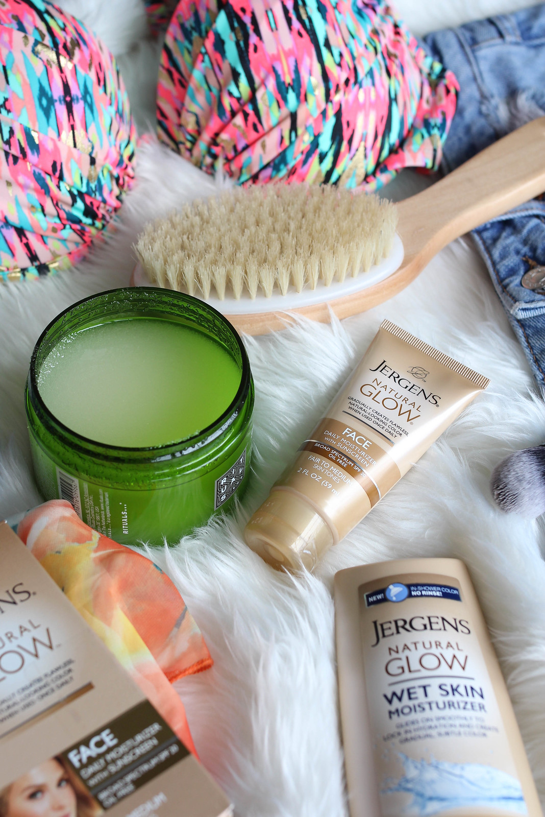 Jergens Natural Glow Face Daily Moisturizer and Wet Skin Moisturizer