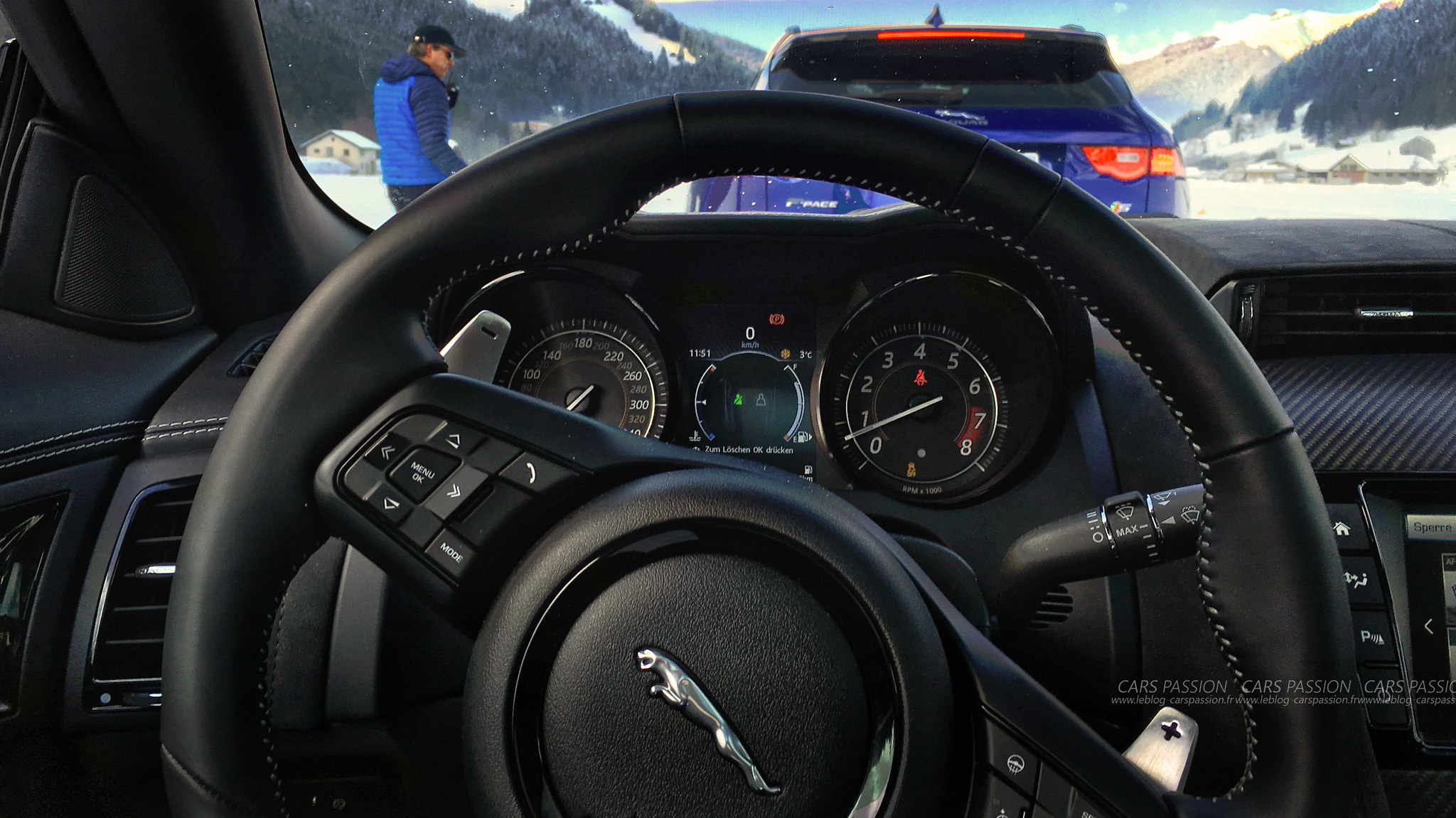 land-rover-ice-drivng-esperience-gstaad-(40)