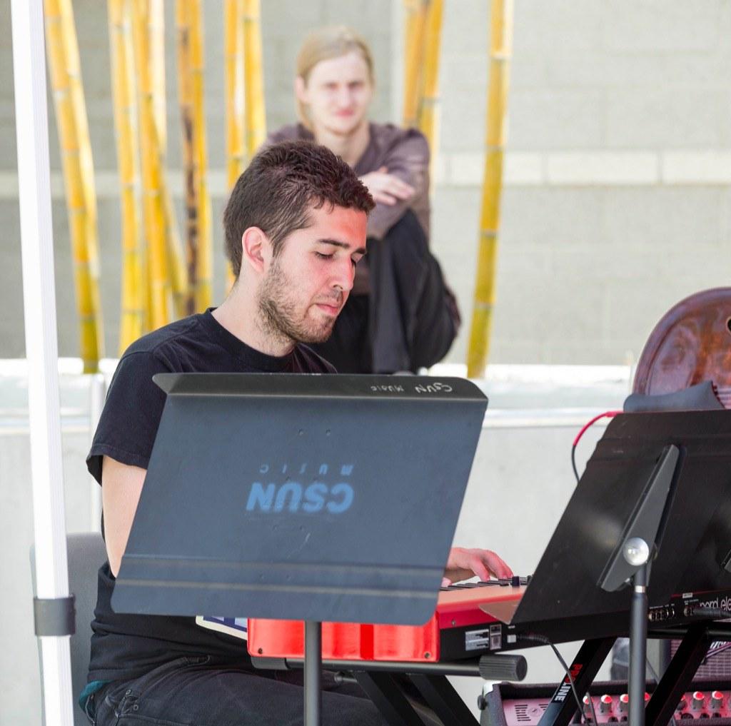 Noontime Concert And Craft Corner Spring 2014 University