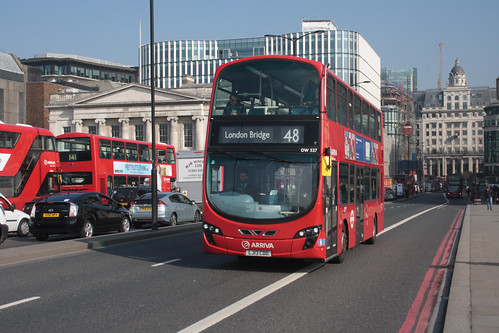 Arriva London DW527 LJ13CDO