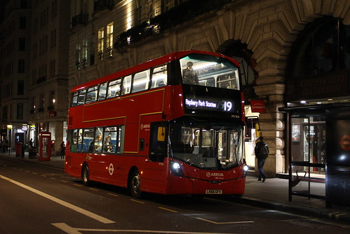 Arriva London HV264 on Route 19, Piccadilly Circus