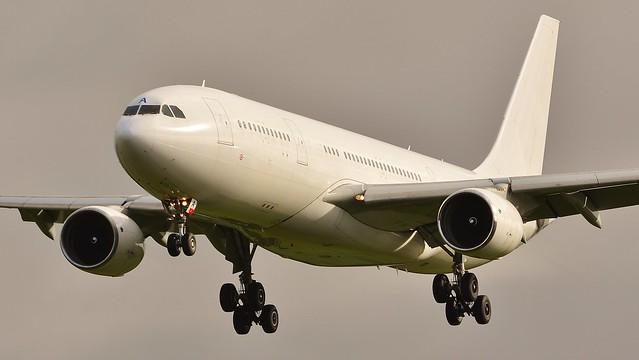 Airbus A330 -223 LZ-AWA