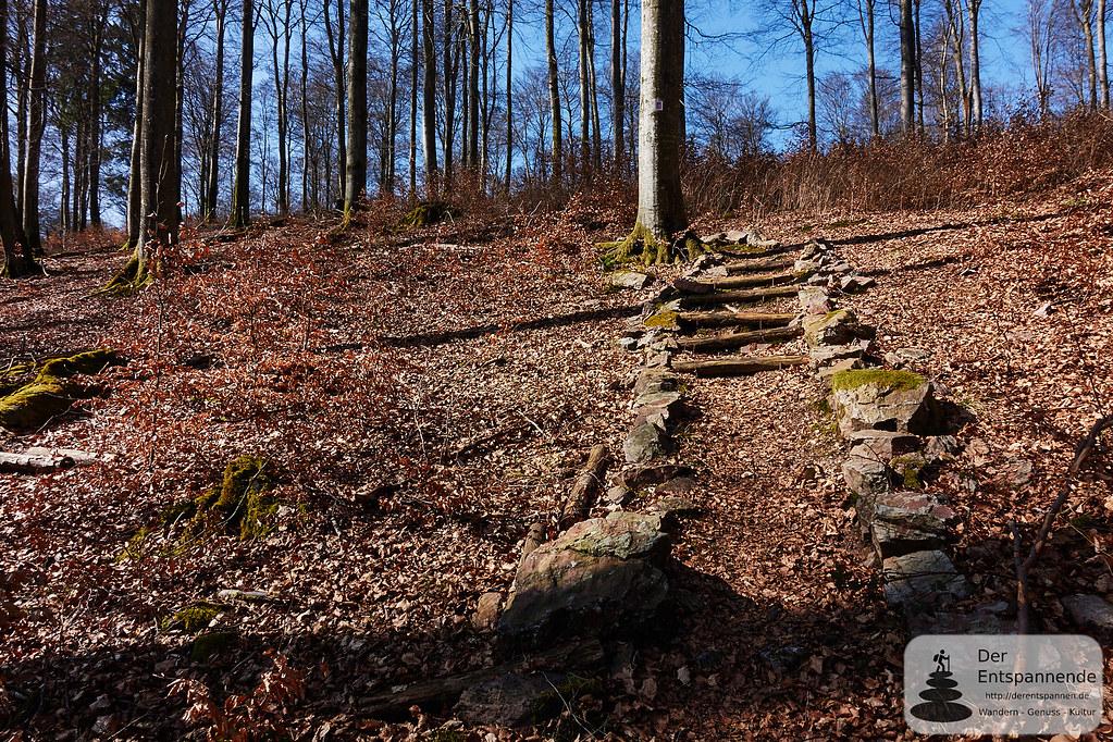 Aufstieg zum Vorkastell auf dem Trauntal-Höhenweg